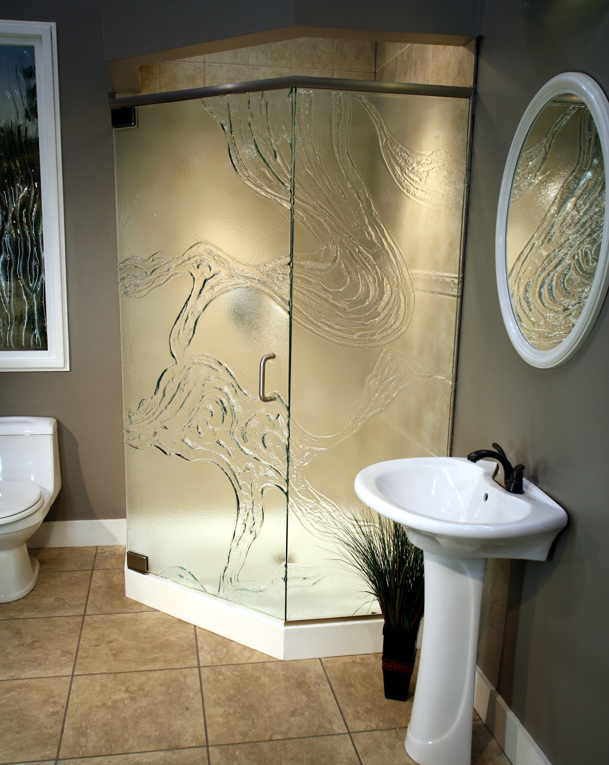 Cast Glass Shower Enclosure - Neo - Meander