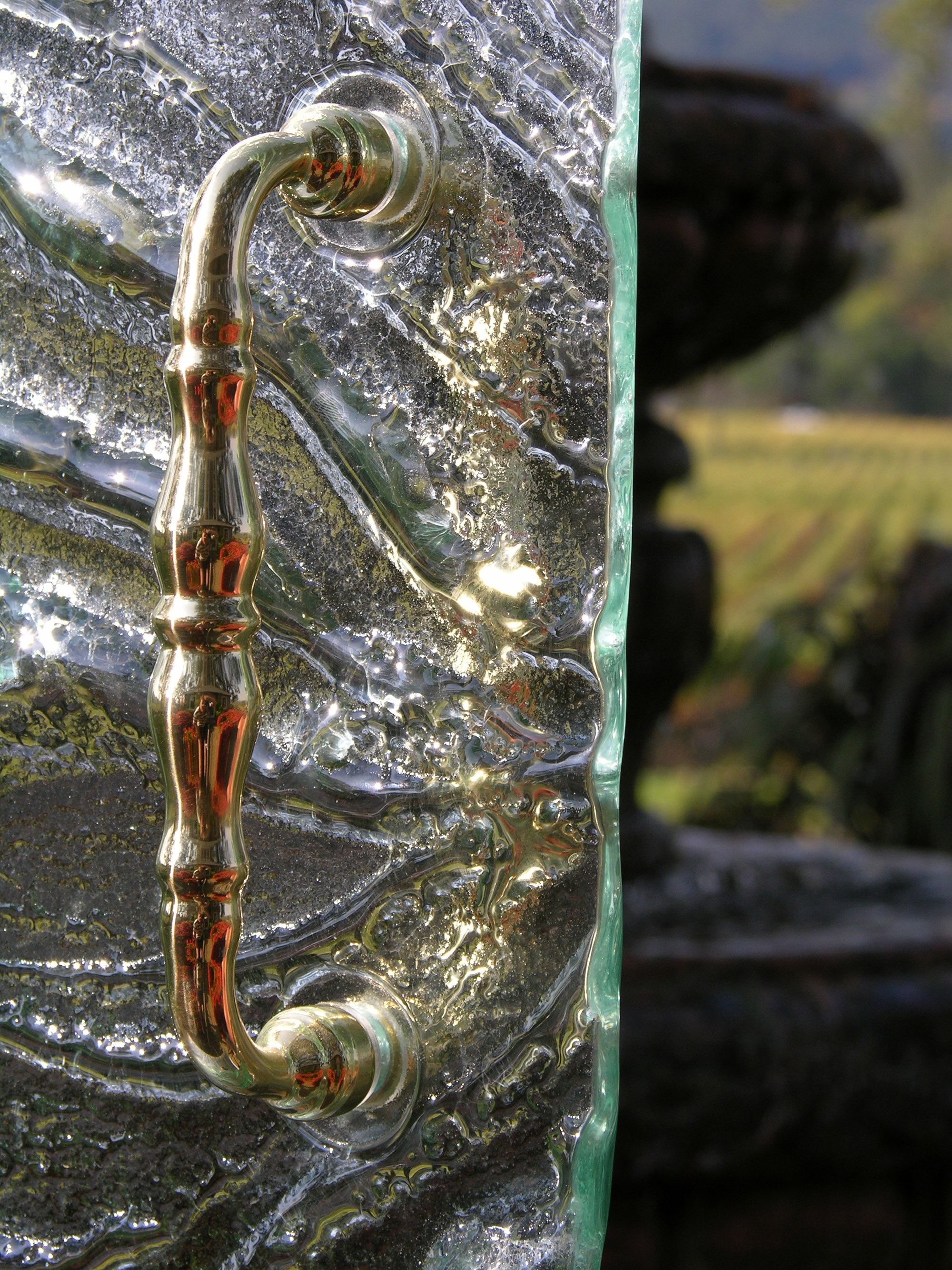 Cast Glass Shower Enclosure - Vineyard - Safari Detail