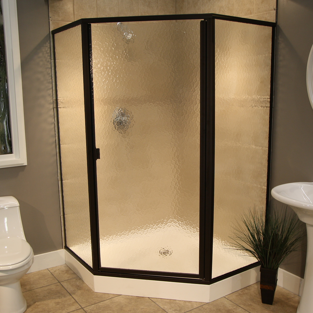 Shower Enclosure: Thin Glass, Pattern Examples | Pioneer Glass