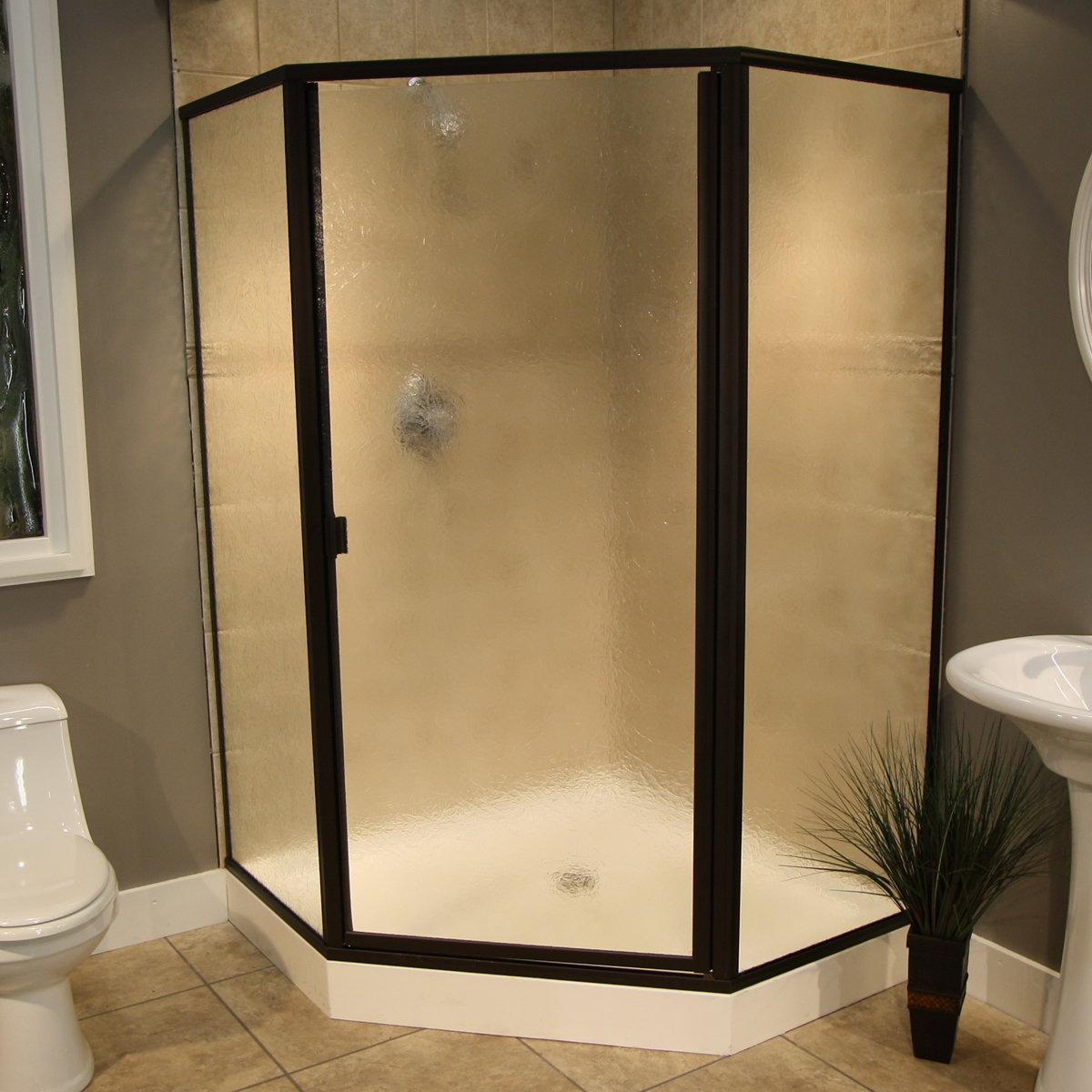 Thin Glass Pattern Shower Enclosures - Glue Chip, shower enclosure example