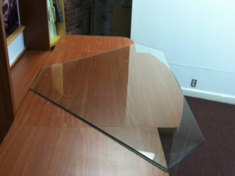 desk_glass
