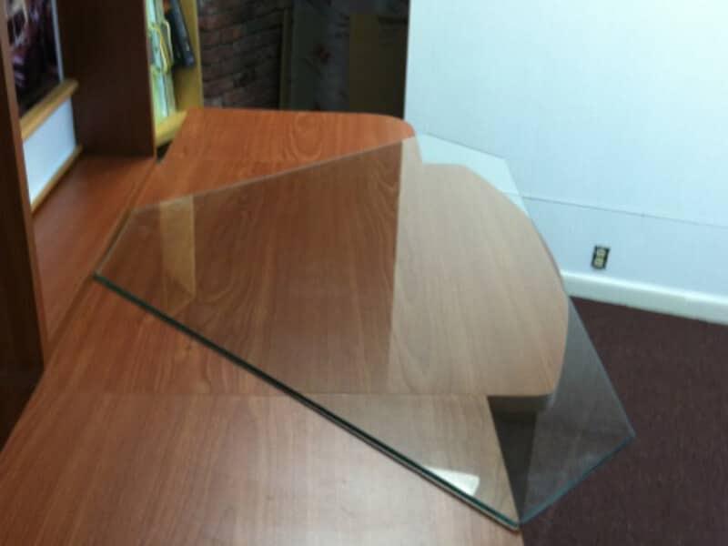 desk_glass