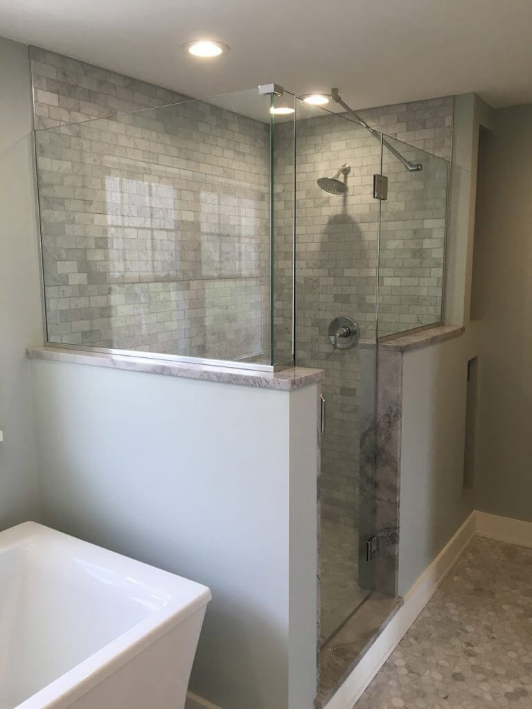 Frameless Shower With Support Rod Pioneer Glass