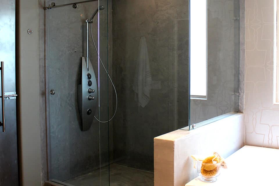 Custom frameless bathroom shower door replacement quality full glass enclosures for Bathroom shower stall replacement