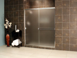 Cardinal Sliding Shower Enclosures - Chrome_Obscure_02