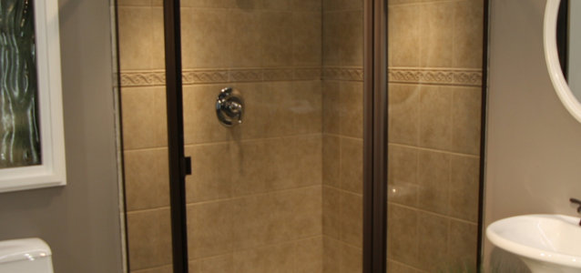 Shower Enclosure: Thin Glass | Pioneer Glass